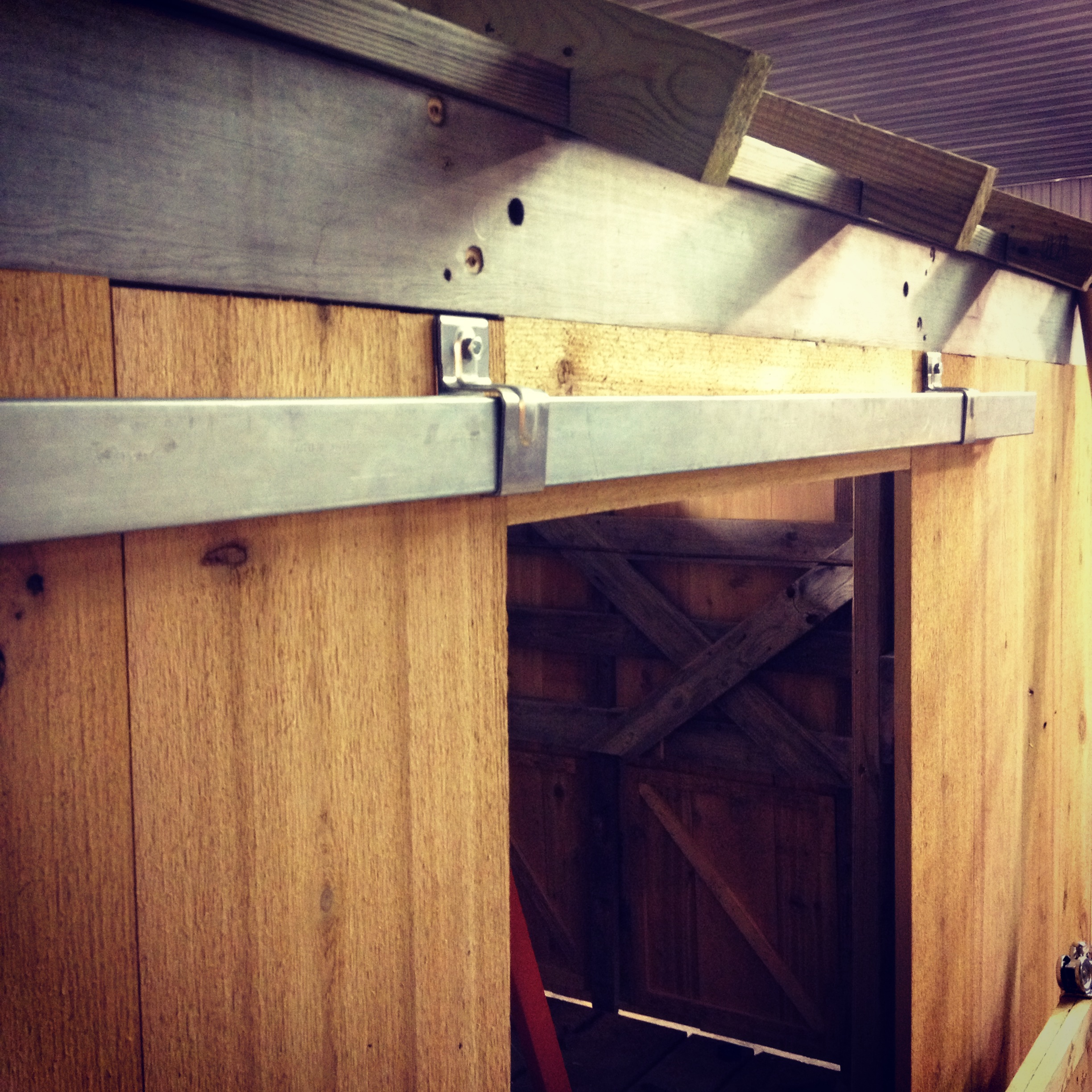Building A Sliding Barn Door Mauledbydesign